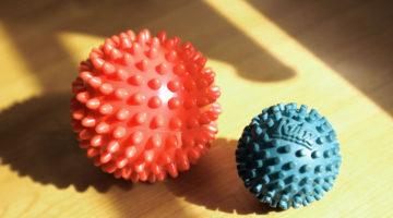足底筋膜炎の予防にスパイキーマッサージボール